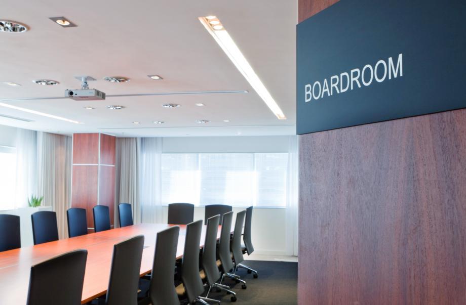 08 Boardroom