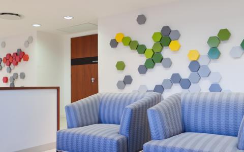 04 Client Lounge